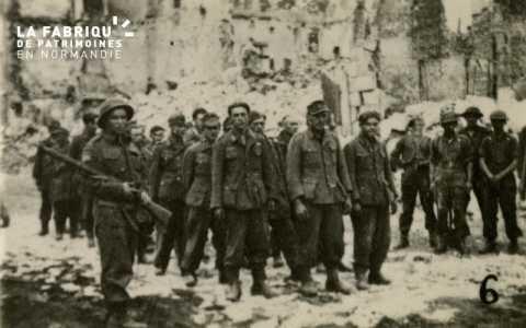 Caen détruit en 1944, prisonniers allemands