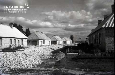 Baraquements de la Reconstruction à Falaise