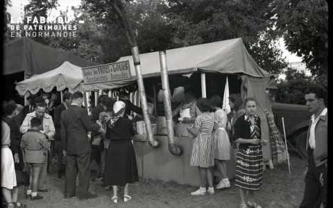 Stand - friterie ambulante à Falaise