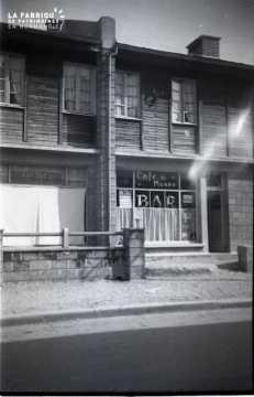 Maisons de la reconstruction en bois (baraquement) à Falaise