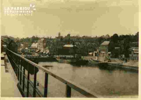 BassinSaint Pierre, quai avec rambarde