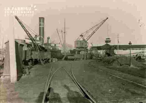 Avenue P.Berthelot.entrepot au charbon, train