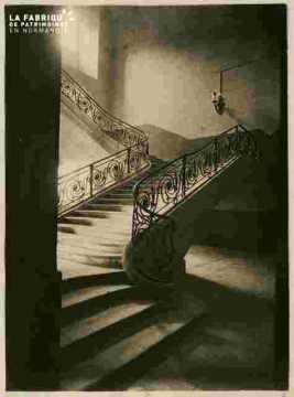 Saint Etienne-Mairie .Escalier
