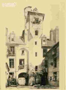 Maison des Quatrans.Escalier.