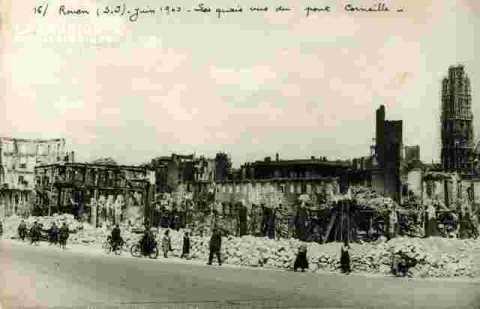 Les quais vus du Pt Corneille.06/40.