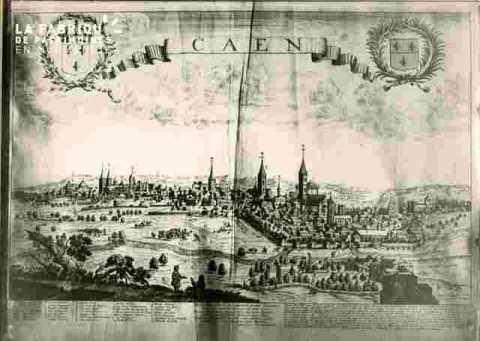 Caen  avec écussons et texte XVIII ème