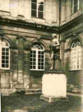 Université-Statue de Laplace