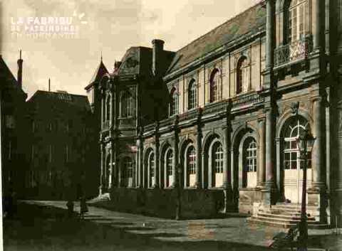 Ancienne Mairie      Façade