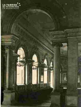 Ancienne Mairie      Intérieur galerie