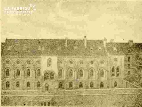 Palais Ducal        BMC