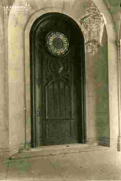 L. M    Horloge & tableau des laudes      BMC