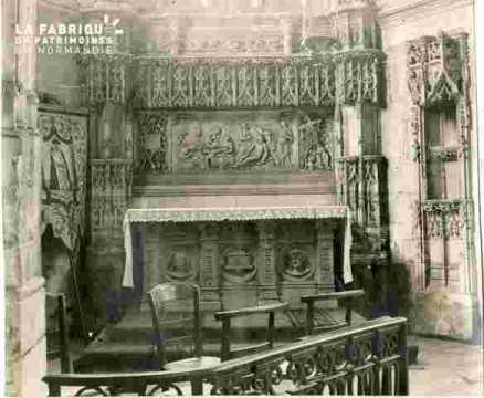Saint Pierre.Chapelle avec autel