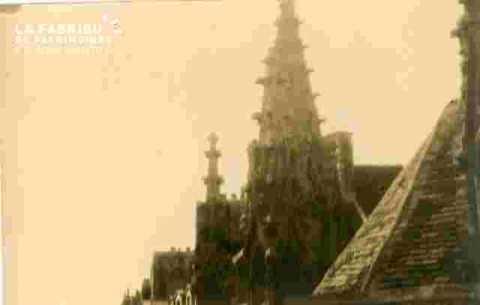Saint Sauveur.Pinnacles