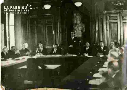 Installation du Conseil Municipal par M.Grau préfet