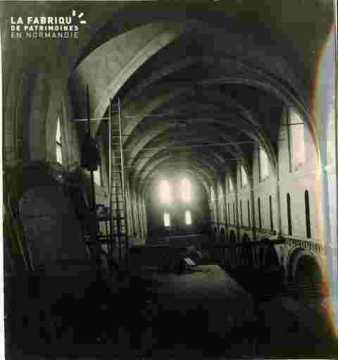 Saint Nicolas.Nef intérieure