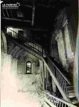 Saint Nicolas.Maison en ruines r Hastings
