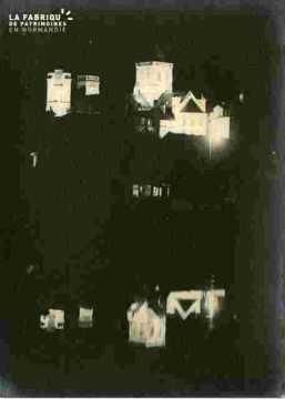 La Trinité illuminée  v du Bassin Saint Pierre