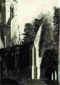 Egllise de  Brecy, clocher e t porche