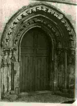 Eglise deRouvres, portail