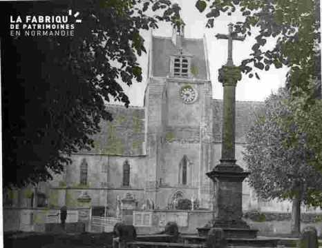 Cathedrale,   les tours illuminées