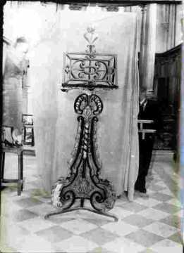Galeries La Fayette Lutrin
