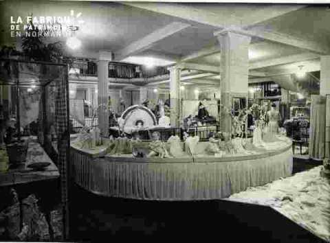 Galeries La Fayette baigneurs