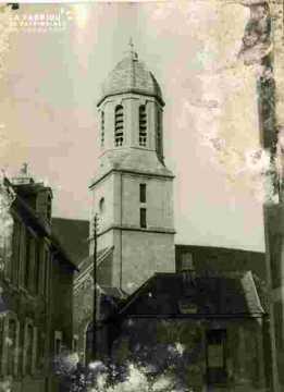 Eglise du Sépulcre  clocher abimé