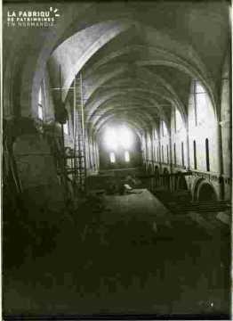 Eglise Saint Nicolas nef intérieur