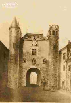 Le pont Saint Pierre et les petits murs