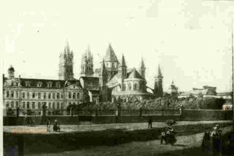 Abbaye de Saint Etienne, très abimé