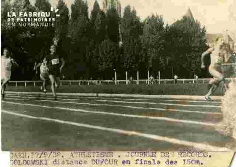 Goldowski distance Dufour, finale 150m, abimé