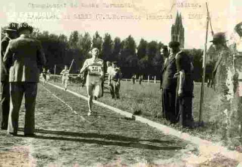 Labbé gagnant 1500m(US Normande)très abim