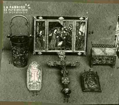 Croix processionelle cu doré & émaux XIIIè