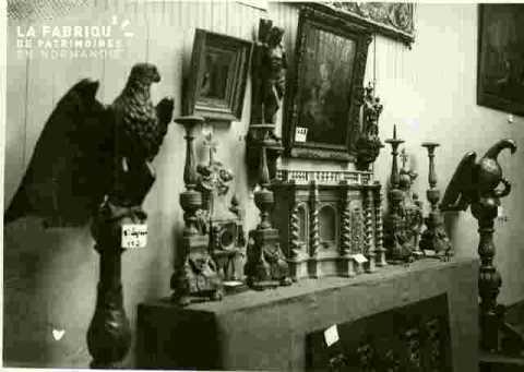 Devant d'autel en peinture à l'aiguille .1758