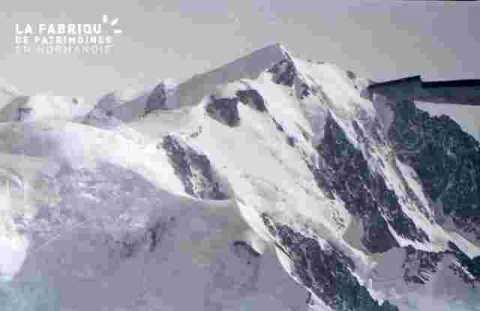 Survol des montagnes-Sommet
