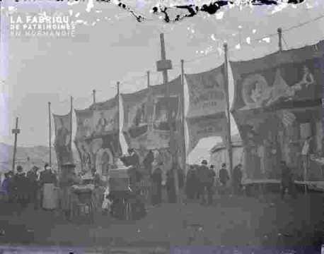 Foire -expo.Mur de présentation du cirque, t.ab.
