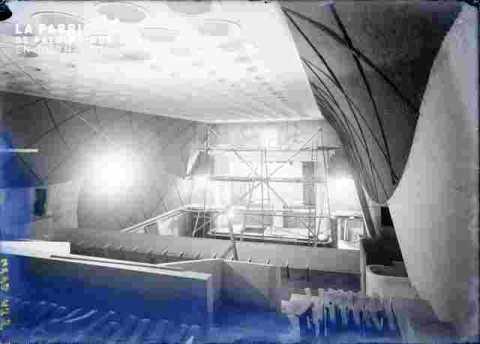 """Salle du cinéma """"""""Normandie"""""""" plafond"""