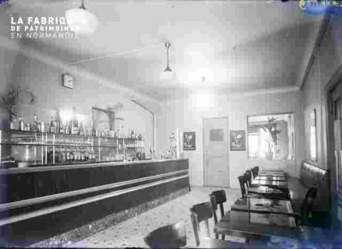 Bar -Duval rue Ecuyère ?