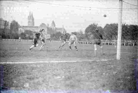 USN-SMC .Match de foot