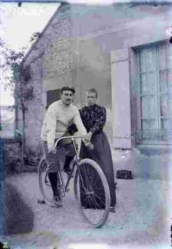couple, homme en vélo