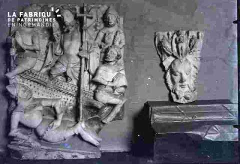 Bas reliefs, Moyen-Age