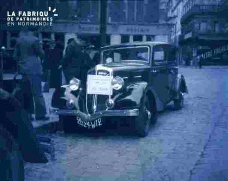 Automobile 2625 W12