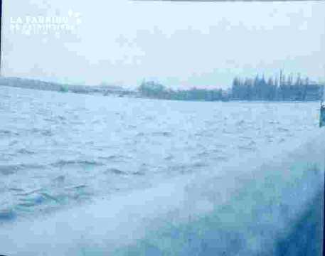 Inondation .prairie. vue générale.
