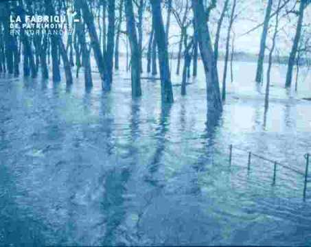 Inondation -Grand cours.