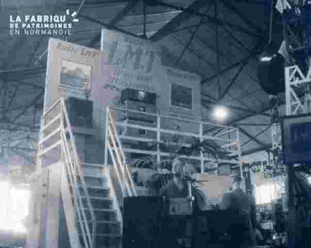 Stand de la radio  à la Foire-Expo