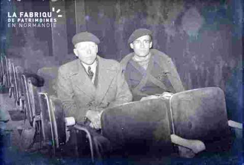 Ciné Normandie-2 spectateurs