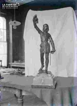 Trophée-Statuette -Le couvre-feu 2