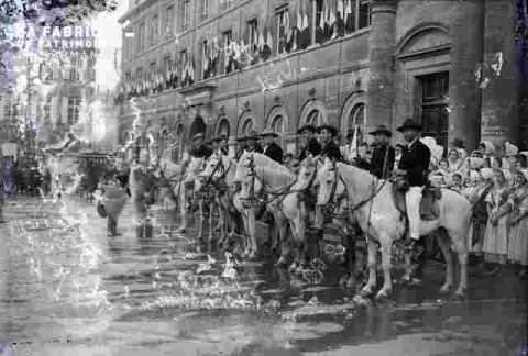 Gardians à cheval