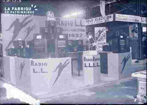 Stand-Radio LL-Holo Electron-Caen