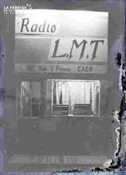 Stand-LMT-101 rSaint Pierre